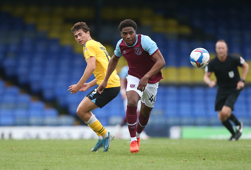 West Ham United's Oladapo Afolayan<br /> <br /> Photographer Rob Newell/CameraSport<br /> <br /> EFL Trophy Southern Section Group A - Southend United v West Ham United U21 - Tuesday 8th September 2020 - Roots Hall - Southend-on-Sea<br />  <br /> World Copyright © 2020 CameraSport. All rights reserved. 43 Linden Ave. Countesthorpe. Leicester. England. LE8 5PG - Tel: +44 (0) 116 277 4147 - admin@camerasport.com - www.camerasport.com