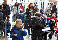 Children enjoy the hourly artificial snow falling in the West Piazza at Covent Garden, London on Saturday December 19th 2020<br /> <br /> Photo by Keith Mayhew
