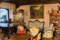 Italie, Val d'Aoste, Cogne, Hôtel Bellevue: Détail salon //  Italy, Aosta Valley, Cogne, Bellevue hotel