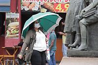 Campinas (SP), 19/11/2020 - Clima-SP - Movimentação no centro da cidade de Campinas (SP), com frio e garoa nesta quinta-feira (19).