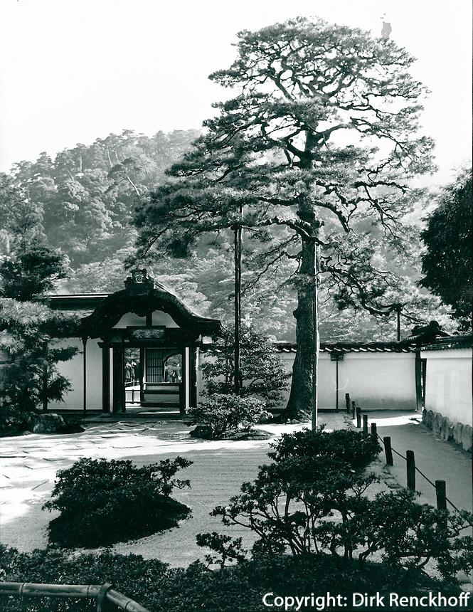 Ginkaku-Ji (Siberner Pavillon) in Kyoto, Japan
