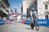 Aleksandr Vlasov (RUS/Astana - Premier Tech) finishing in front of the mighty Duomo in Milano<br /> <br /> 104th Giro d'Italia 2021 (2.UWT)<br /> Stage 21 (final ITT) from Senago to Milan (30.3km)<br /> <br /> ©kramon