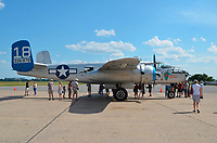 Avion militaire de la 2e Guerre Mondiale le B-25 al'aeroport de St-Hubert.<br /> <br /> PHOTO :  Agence Quebec Presse