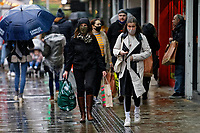2020 12 18 Christmas shoppers during Covid-19 Coronavirus pandemic, Swansea, Wales, UK