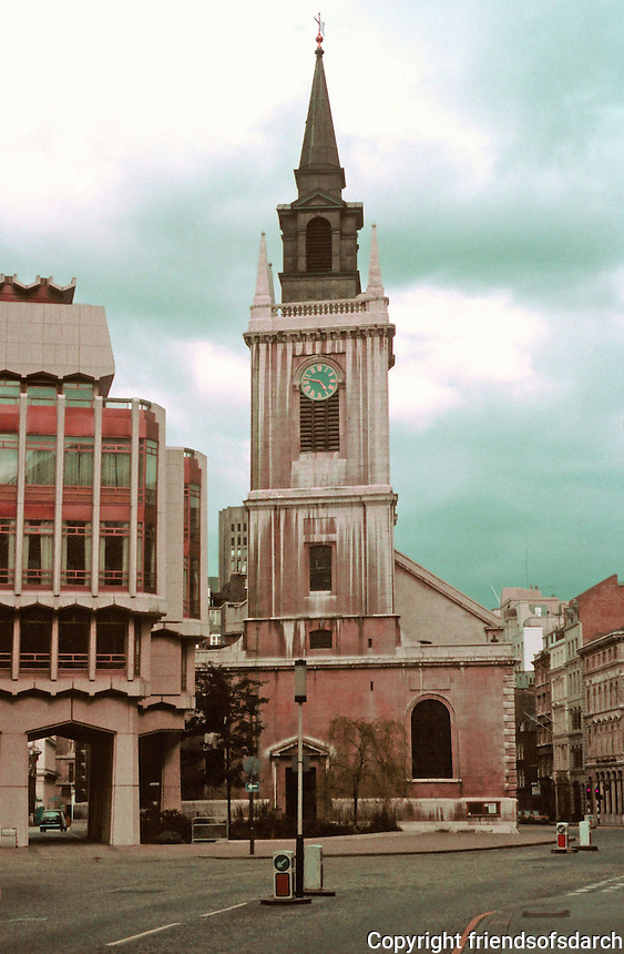 Sir Christopher Wren: St. Lawrence Jewry.  Destroyed by fire and rebuilt by Wren 1670-77. Old Jewry St., London.