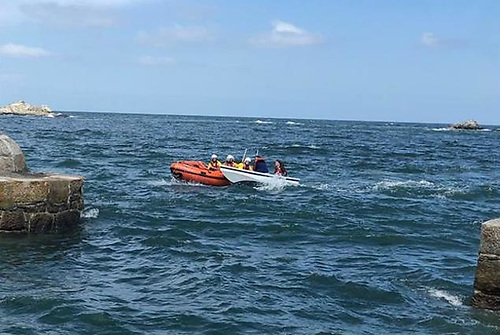 Dun Laoghaire Harbour RNLI assist a small boat in Dalkey Sound