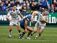 Photo: Richard Lane/Richard Lane Photography. Bath Rugby v Leinster. Heineken Cup. 11/12/2011. Leinster's Gordon D'Arcy attacks.