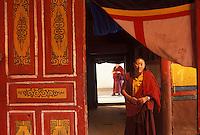 Tibet, Kham<br /> Monks at Kandze monastery.