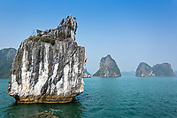 Leah Crane Deep Water Soloing (DWS) above Ha Long Bay, Vietnam <br /> Unnamed route - 6b+