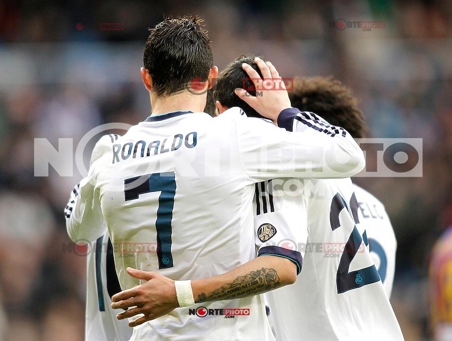 Real Madrid's players celebrate goal during La Liga BBVA match. April 6, 2013.(ALTERPHOTOS/Alconada)