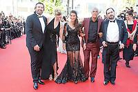 Samy Naceri arrive sur le tapis rouge pour la projection du film 'Bacalaureat' lors du 69ème Festival du Film à Cannes le jeudi 19 mai 2016.