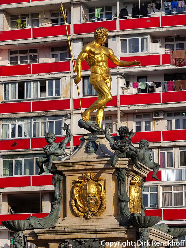 Neptunbrunnen am Theaterplatz, Batumi, Adscharien - Atschara, Georgien, Europa<br /> Neptune Fountain at theatre square,  Batumi, Adjara,  Georgia, Europe
