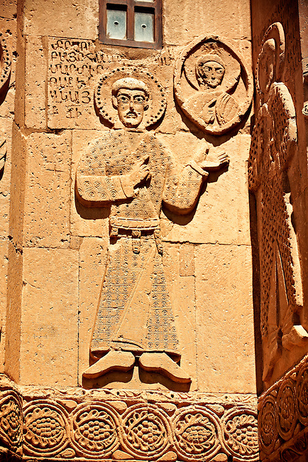 Bas Releif sculptures with scenes from the Bible on the outside of the 10th century Armenian Orthodox Cathedral of the Holy Cross on Akdamar Island, Lake Van Turkey 19