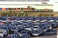 Diversos modelos além do Fiesta e Ecosport no Pátio de Veículos da Fábrica da Ford instalada no polo industrial do município de Camaçarí na Bahia.<br />Foto Paulo Santos/Interfoto<br />09/06/2003<br />Camaçarí, Bahia Brasil