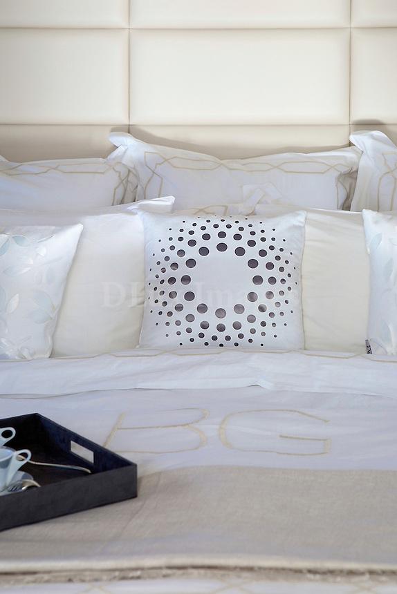 boat cabin bed