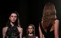 Modelle vestono le creazioni della collezione Primavera Estate 2014 Sarli Couture durante la rassegna Altaroma, a Roma, 25 gennaio 2014.<br /> Models wear creations by Sarli Couture's 2014 Spring Summer collection at the Altaroma fashion week in Rome, 25 January 2014.<br /> UPDATE IMAGES PRESS/Isabella Bonotto