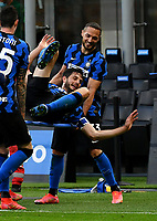 Inter Milan's Andrea Ranocchia, center, celebrates with his teammates at the end of the Italian Serie A football match between Inter Milan and Sampdoria at Milan's Giuseppe Meazza stadium, May 8, 2021. Inter won his 19th Scudetto.<br /> UPDATE IMAGES PRESS/Isabella Bonotto