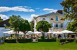 Deutschland, Bayern, Chiemgau, Prien am Chiemsee: Hotel und Restaurant Luitpold am See | Germany, Bavaria, Chiemgau, Prien am Chiemsee: hotel and restaurant Luitpold am See