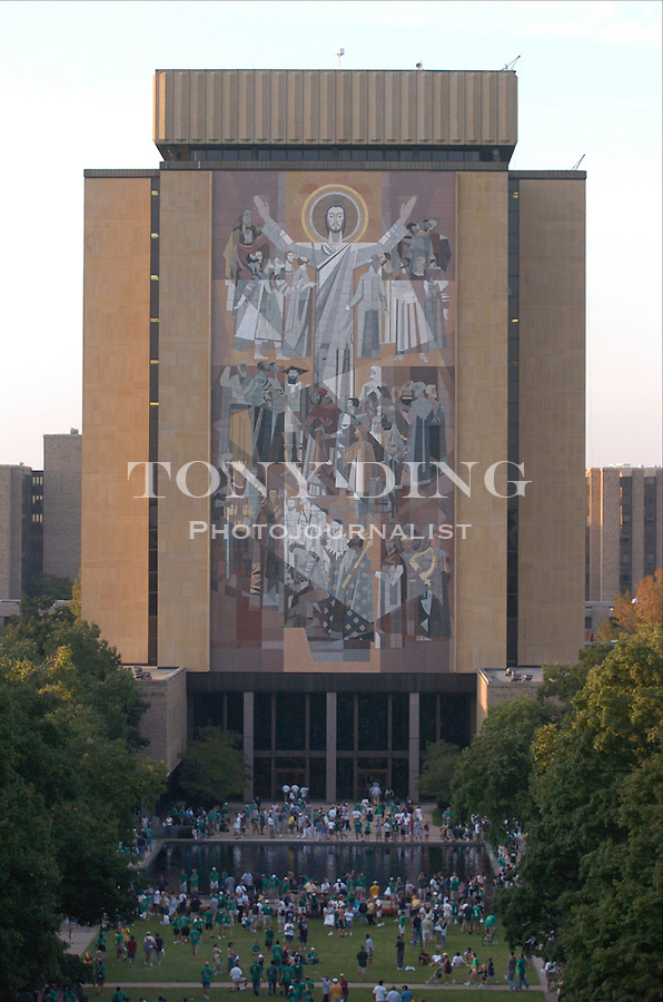 Touchdown Jesus seen after the Wolverines' 28-20 loss to Notre Dame on Saturday, September 11, 2004 at Notre Dame Stadium in South Bend, Indiana. (Photo by TONY DING/Daily).