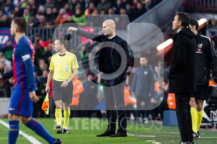 FC Barcelona's coach Luis Enrique Martinez, Real Madrid's coach Zinedine Zidane during spanish La Liga match between Futbol Club Barcelona and Real Madrid  at Camp Nou Stadium in Barcelona , Spain. Decembe r03, 2016. (ALTERPHOTOS/Rodrigo Jimenez)