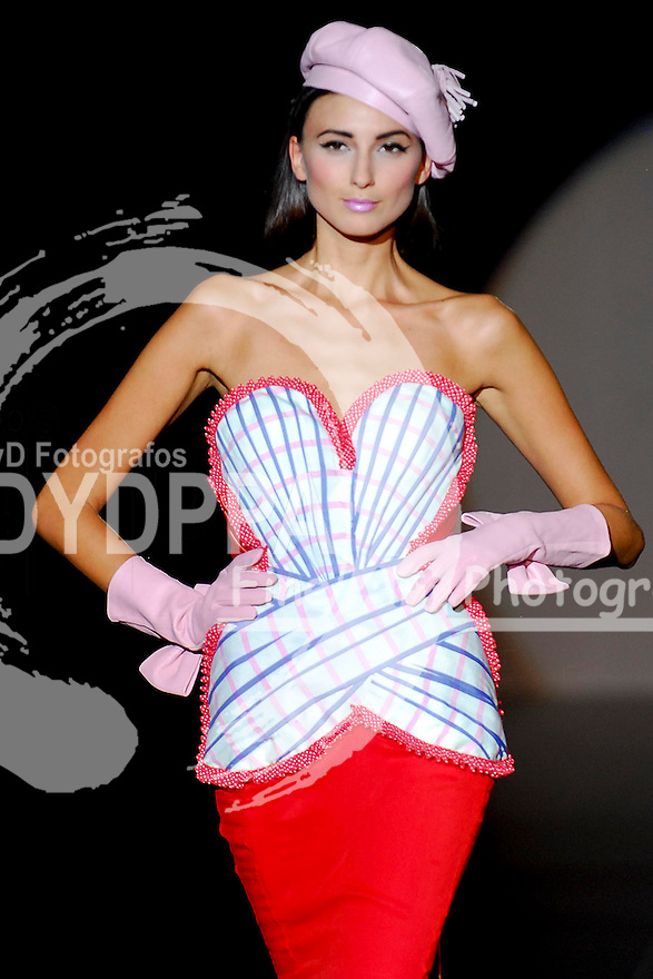 Madrid Cibeles Fashion Week. Archive. From 1999- 2010. (c) DyD Fotografos Staff