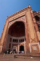 Indien, Uttar Pradesh,  Fatehpur Sikri, Siegestor (Buland Darwaza) der Jama Masjidi, Unesco-Weltkulturerbe.