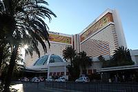 LAS VEGAS-ESTADOS UNIDOS. Hotel The Mirage de la ciudad de Las Vegas, sitio de descanso y placer de turistas y residentes americanos. Photo: VizzorImage