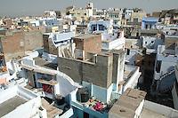 Udaipur / Indien..Über den Dächern der 400.000 Einwohner Stadt Udaipur, auch Venedig des Ostens genannt und gilt bei vielen als der Romantischste Ort in ganz Indien.