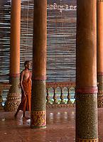 8_Cambodia_Silk island