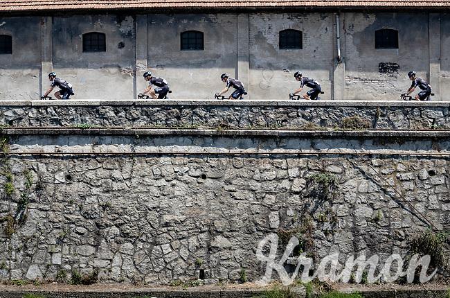 Team DSM line-up<br /> <br /> 104th Giro d'Italia 2021 (2.UWT)<br /> Stage 19 from Abbiategrasso to Alpe di Mera (Valsesia)(176km)<br /> <br /> ©kramon
