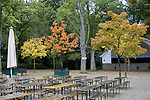 Europa, DEU, Deutschland, Nordrhein Westfalen, NRW, Rheinland, Niederrhein, Krefeld, Stadtwald, Herbst, Herbstfarben, Baeume, Restaurant, Tische, Stuehle. Biergarten, Kategorien und Themen, Natur, Umwelt, Landschaft, Jahreszeiten, Stimmungen, Landschaftsfotografie, Landschaften, Landschaftsphoto, Landschaftsphotographie, Gaerten, Garten, Gartenanlagen, Pflanzen, Botanik, Botanisch....[Fuer die Nutzung gelten die jeweils gueltigen Allgemeinen Liefer-und Geschaeftsbedingungen. Nutzung nur gegen Verwendungsmeldung und Nachweis. Download der AGB unter http://www.image-box.com oder werden auf Anfrage zugesendet. Freigabe ist vorher erforderlich. Jede Nutzung des Fotos ist honorarpflichtig gemaess derzeit gueltiger MFM Liste - Kontakt, Uwe Schmid-Fotografie, Duisburg, Tel. (+49).2065.677997, ..archiv@image-box.com, www.image-box.com]