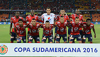 MEDELLIN-COLOMBIA, 24-08-2016. Jugadores del Deportivo Independiente Medellin de Colombiaen posan para una foto previo al encuentro con Sportivo Luqueño del Paraguay por la segunda fase-ida de La Copa Sudamericana  disputado en el estadio Atanasio Girardot./ Players of Independiente Medellin pose to a photo prior the match against Sportivo Luqueno of Paraguay  for Sudamericana Cup 2016 played at Atanasio Girardot stadium . Photo:VizzorImage / León Monsalve / Contribuidor