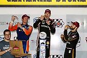 Scott Dixon, Chip Ganassi Racing Honda, Josef Newgarden, Team Penske Chevrolet, James Hinchcliffe, Arrow Schmidt Peterson Motorsports Honda, podium