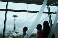 The Space Needle is seen through an office window at the Bill and Melinda Gates Foundation in Seattle, Washington, USA on Wednesday, 3 June 2015. (Matt Mills McKnight for Le Monde)