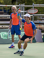 Moscow, Russia, 13 th July, 2016, Tennis,  Davis Cup Russia-Netherlands, Training Dutch team, coach Marin Bohm with Wesley Koolhof<br /> Photo: Henk Koster/tennisimages.com
