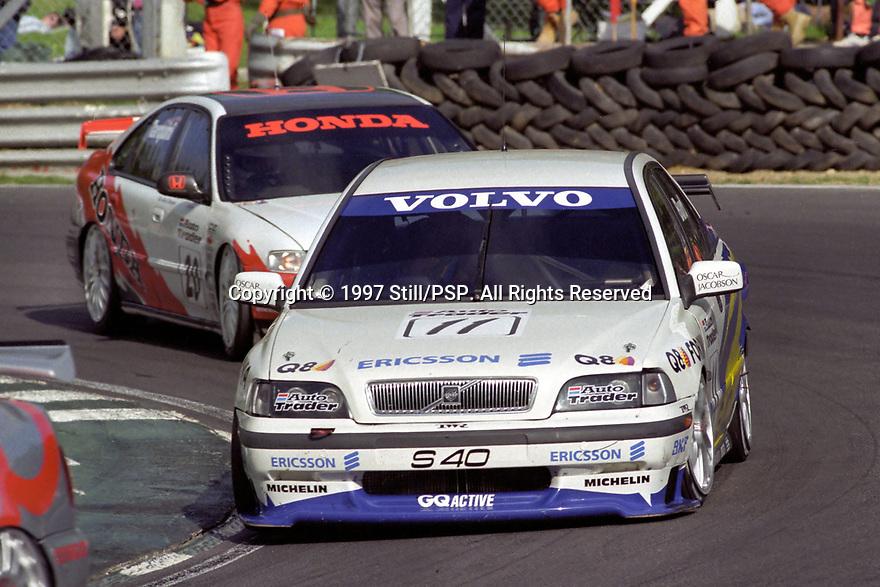 #11 Kelvin Burt (GBR). Volvo S40 Racing. Volvo S40.