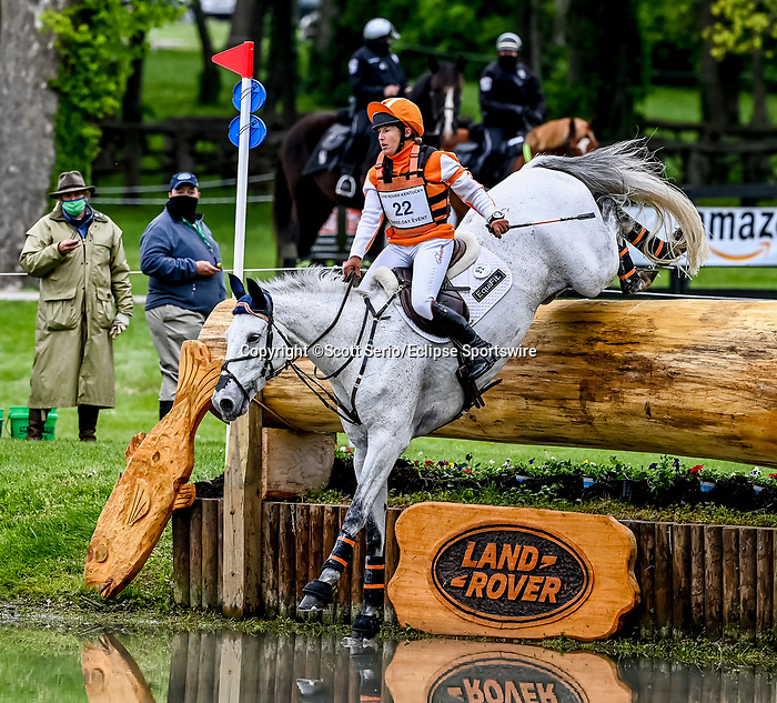 April 24, 2021: Sharon White competes in the Cross Country phase of the Land Rover 5* 3-Day Event aboard Cooley On Show at the Kentucky Horse Park in Lexington, Kentucky. Scott Serio/Eclipse Sportswire/CSM