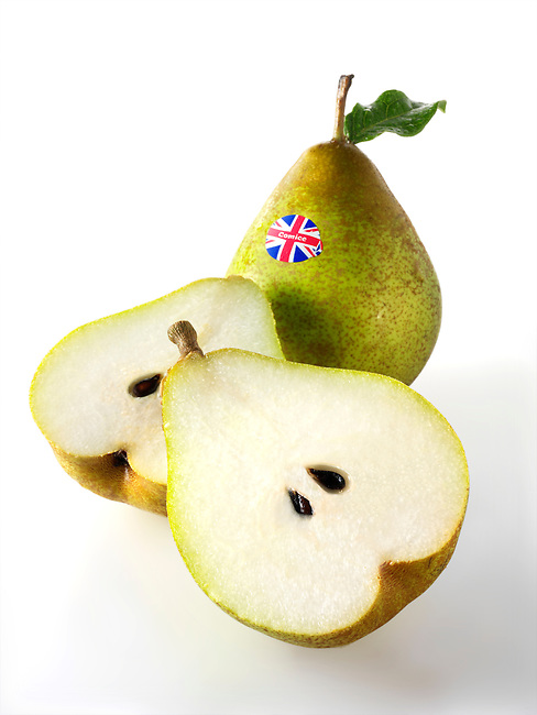 Fresh British  conference pears whole and cut