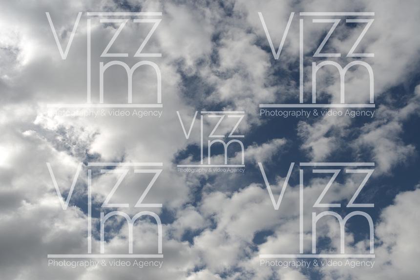BOGOTÁ- Nubes con cielo azul./ Clouds with blue sky. Photo: VizzorImage/STR