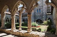 Europe/France/Midi-Pyrénées/32/Gers/La Romieu: Le Cloitre de la collégiale -Patrimoine mondial UNESCO
