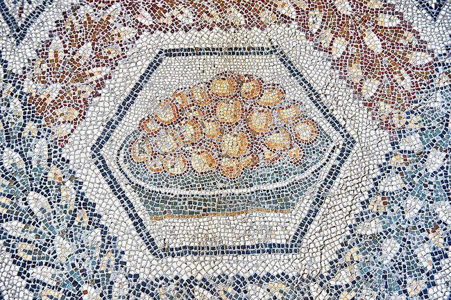 3rd century AD Roman mosaic panel of apples in a basket from Thugga, Tunisia.  The Bardo Museum, Tunis, Tunisia.