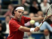 16-02-2006,Rotterdam, ABNAMROWTT , Federer verslaat  Ulihrach