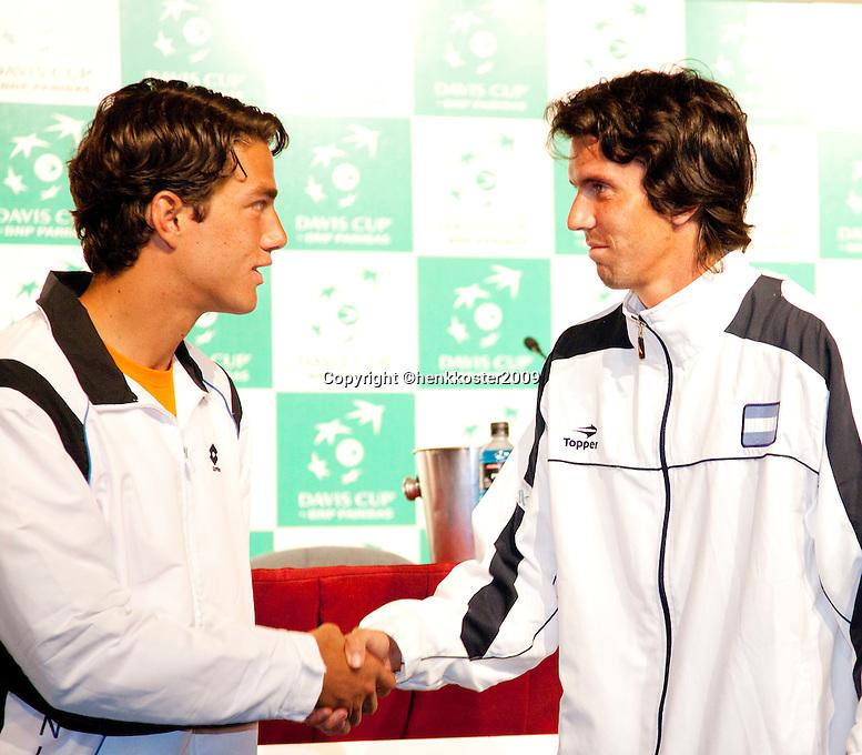 5-3-09,Argentina, Buenos Aires, Daviscup  Argentina-Netherlands, Draw, de oppeningswedstreid van de ontmoeting is Jesse Huta Galung(l) tegen nr.2 van Argentina Chella