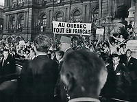 Quebec separatists greeted de Gaulle with cheers and banners, outside Montreal city hall<br /> <br /> PHOTO :  Jeff Goode - Toronto Star Archives - AQP