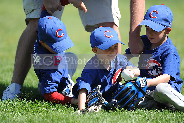 The T-Ball Cubs of Pleasanton National Little League  March 28, 2009.
