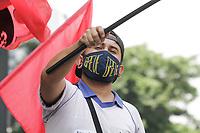 SÃO PAULO, SP, 17.09.2020: GREVE-CORREIOS-ATO-SP - Funcionários dos Correios fazem ato no Masp na avenida Paulista, região central de São Paulo, nesta quinta-feira, 17. Com contingente funcional parado desde o dia 17 de agosto, os Correios anunciaram que aguardam decisão judicial sobre a greve para normalizar as atividades operacionais. Nas últimas quatro semanas, a empresa registrou mais de 187 milhões de cartas e encomendas entregues em todo o país. (Foto: Fábio Vieira/FotoRua)