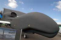 "- unmanned Aerial Vehicles (UAV), ""drone""  Grumman RQ - 4B ""Global Hawk"" ....- velivoli senza pilota (UAV), ""drone""  Grumman RQ - 4B ""Global Hawk"""