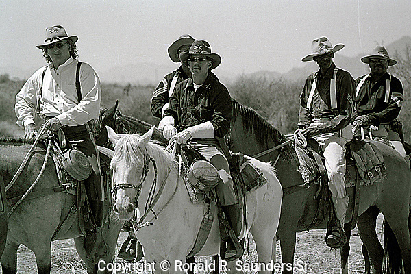 [PHOTO AVAILABLE for PRINT ONLY]<br /> <br /> SYMBOLIC HORSE RIDE to NEW ORLEANS in COMMEMORATION of the 9th CAVALRY REGIMENT, BUFFALO SOLDIERS