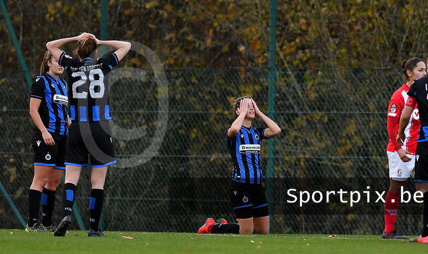 Brugge's players pictured looking dejected and disappointed after losing a female soccer game between Standard Femina de Liege and Club Brugge YLA on the seventh matchday of the 2020 - 2021 season of Belgian Scooore Womens Super League , saturday 14 th of November 2020  in Angleur , Belgium . PHOTO SPORTPIX.BE | SPP | DAVID CATRY