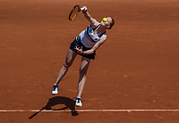 Paris, France, 1 June, 2017, Tennis, French Open, Roland Garros, Alison Uytvanck (BEL)<br /> Photo: Henk Koster/tennisimages.com